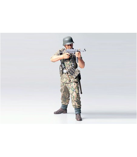 TAMIYA WWII GERMAN ELITE INFANTRY MAN
