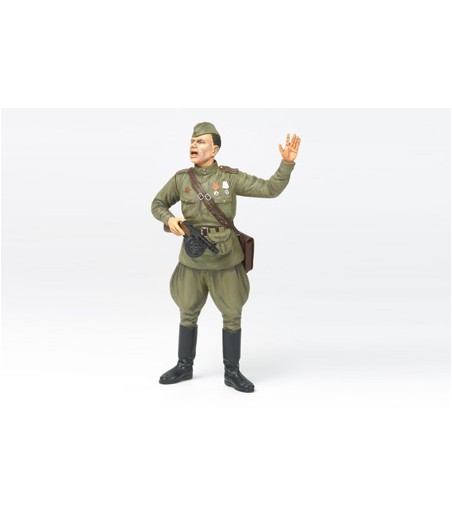 TAMIYA 1/16 RUSSIAN FIELD COMMANDER