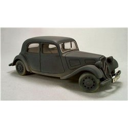 TAMIYA 1/35 CITROEN TRACTION 11CV