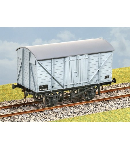 PARKSIDE GWR 12 Ton Covered Goods Wagon 0 Gauge PS24