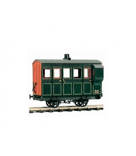 Peco 4 Wheel Coach/Brake, green livery O-16.5 Gauge OR-32