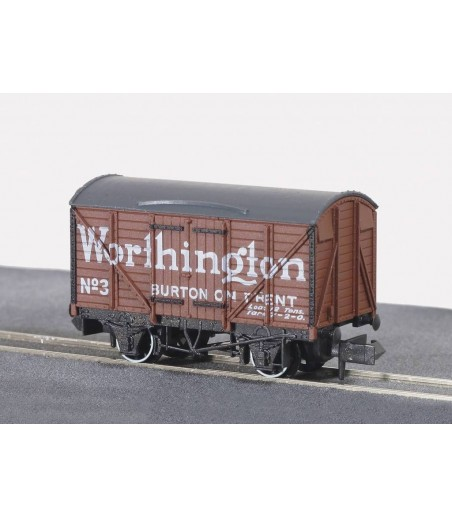 Peco Box Van, Standard type, Worthington, brown N Gauge NR-P130