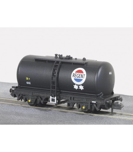 Peco Tank Wagon (type C), Regent Oil, black N Gauge NR-P77