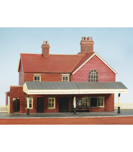 WILLS KITS Country Station, Brick Built, With Platform OO/HO Gauge CK16